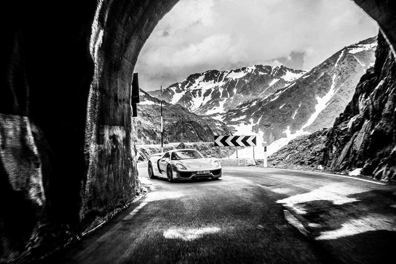 Slide-8-Porsche-Alpen